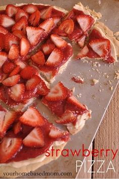 Strawberry Pizza - your homebased mom