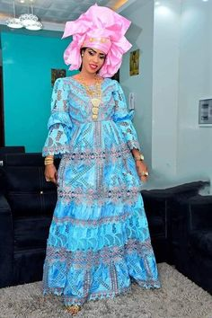 Premium Getzner magnum or robe africaine / vêtements africains   Etsy Best African Dresses, African Fashion Ankara, Latest African Fashion Dresses, African Wedding Attire, African Attire, Classy Outfits, Beautiful Outfits, Baby African Clothes, Prom Dresses With Sleeves