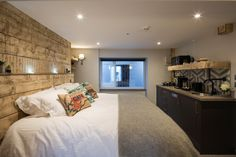 Brighton Hotels, News Space, Ground Floor, Layout, Flooring, Boutique, Bedroom, Wall, Furniture