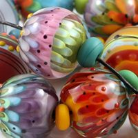 Lovely!   Magma Beads ~Gelato~ Handmade Lampwork Beads.    http://www.ebay.com/itm/Magma-Beads-Gelato-Handmade-Lampwork-Beads?item=251087159733=ViewItem&_trksid=p5197.m1374&_trkparms=algo%3DUPI.GIROS%252BPI.WATCH%26itu%3DI%26otn%3D8%26pmod%3D150837599220%26po%3DLCA%252BLWI%26ps%3D63%26clkid%3D45695435240752043#ht_2655wt_1167