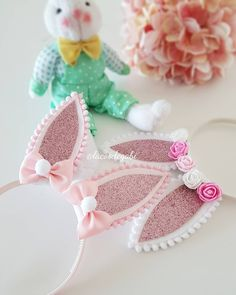 Making Hair Bows, Diy Hair Bows, Easter Crafts, Crafts For Kids, Diy Crafts, Baby Hair Bands, Diy Ribbon, Candy Gifts, Diy Hair Accessories