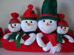 Christmas Scenery, Snowmen, Christmas Ornaments, Decoration, Holiday Decor, Crafts, Bottles, Embellishments, Yule Decorations