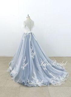 A-line Wedding Dresses Ivory Lace Wedding Dress with Dusty Blue Tulle Skirt Short Sleeve Boho Beach Wedding Dress Custom Bride Dress