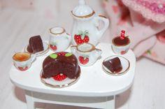 Tea Set Dollhouse 1/12e by sunnyshop211 on Etsy