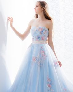 Blooming Trend! 25 Dreamy Wedding Dresses With Romantic Floral Print!