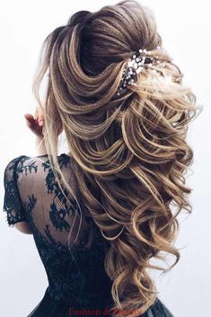 68 Stunning Prom Hairstyles For Long Hair For 2019 – Hair Creations Fluidity – … - Cute Hairstyles Long Hair Wedding Styles, Wedding Hairstyles For Long Hair, Wedding Hair And Makeup, Hair Styles For Prom, Long Prom Hair, Hair For Prom, Wedding Hairstyles Half Up Half Down, Bridal Makeup, Hair Styles For Quinceanera