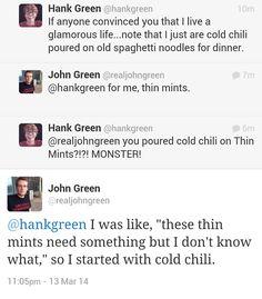 Hank Green and John Green Tumblr Funny, Funny Memes, Hilarious, Jokes, Jhon Green, John Green Books, Funny Pins, Funny Stuff, Frases