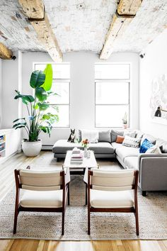 Decorating+Mistakes+You+Can+Fix+in+15+Minutes+or+Less+(Seriously)+via+@MyDomaine