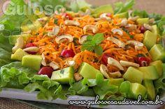 Esta saladinha do #almoço deixa o corpo mais leve, é simples de preparar e super saborosa, é a Salada de Cenoura Refrescante!  #Receita aqui: http://www.gulosoesaudavel.com.br/2014/03/25/salada-cenoura-refrescante/