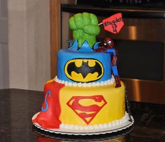 Super Heros cake