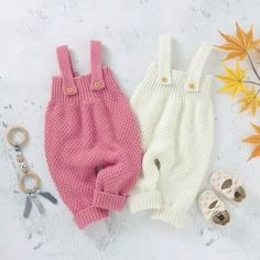 Вязание для мам и малышей (@1001.petelka) • Фото и видео в Instagram Gloves, Winter, Fashion, Winter Time, Moda, Fashion Styles, Fashion Illustrations, Winter Fashion