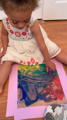 Let your baby or toddler enjoy mess free painting with plastic Easter eggs in this super simple craft. A fun activity at Easter or anytime of year! craft for infants Mess Free Easter Egg Painting Babysitting Activities, Sensory Activities Toddlers, Infant Activities, Indoor Activities, Baby Sensory Play, Baby Play, Baby Sensory Bags, Toddler Play, Toddler Crafts