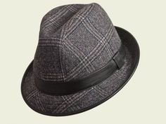 Cappello Royal Galles   #cappello #hats #hat #accessories #classic #winter #fall #elegant #unisex #style #fashion #black #luxury #red #grey #blue #beige #galles #englishstyle