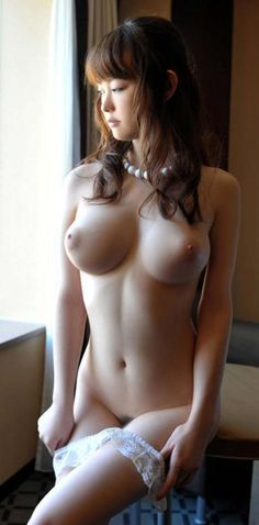 Gorgeous japanese girl nude tits