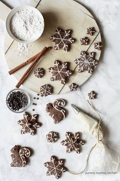 Vegan gingerbread cookies with coconut oil and wholesome ingredients. The perfect healthier vegan Christmas cookies for Santa.