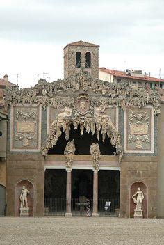 Bobboli Grotto, Florence, Italy