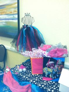 Zion's Monster High Glam Birthday Bash | CatchMyParty.com