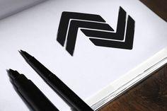 Estudo e criação de logotipo para marca de roupas masculinas. Projeto em andamento visando destacar o diferencial da marca, que não é fazer apenas roupas e acessórios, mas sim produtos que já vem com boas vibrações e energias positivas.