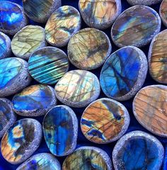 Labradorite Seer Stone for New Moon magic, new beginnings, and intention setting