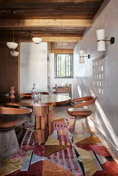 Hidden House, Australian Interior Design, Library Room, Ace Hotel, Home Libraries, Soho House, Co Working, Sustainable Design, Elle Decor