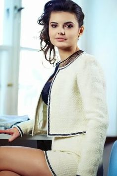 High Class VIP Singapore Model Escorts Services from Declassicentertainment! And best Singapore Dating Escorts Agencies and pacific model and call us (+65) 6858 4052. http://www.declassicentertainment.com/