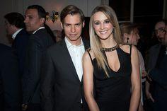 Carlos Baute y su esposa está a la espera de su primer hijo   http://portalnoticias.digital58.com.ve/2016/01/carlos-baute-y-su-esposa-esta-la-espera.html