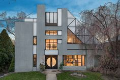 This $1.95 Million House in the Bronx Features Postmodern Architecture Photos | Architectural Digest