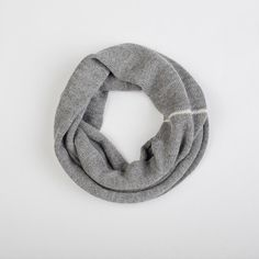 READY TO SHIP Gray Infinity Scarf / Loop Scarf / Cowl Scarf / alpaca wool Circle Scarf