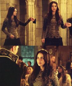 Mary of Scotland in Reign 1x02 I WANT THIS DRESS Amazing dress in Reign 1x02, no words to describe the details, the asymmetrical gown and the little crown.