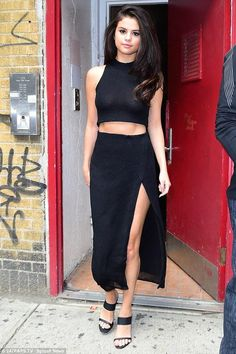 Selena Gomez in Markoo paired with Jenni Kayne sandals leaving an appearance in NYC. #bestdressed