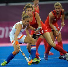 England v Netherlands - London 2012 Women's field hockey #pictureoftheday #fieldhockey