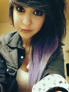 her lip piercing is so pretty and I love her hair color. Emo Scene Hair, Emo Hair, Leda Muir, Undercut Hairstyles, Pretty Hairstyles, Flat Twist, Protective Styles, Locs, Alternative Hair