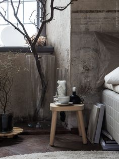 Att vakna upp i ett svalt rum omfamnad av mjukt linne. Sätta fötterna på en värmande matta, tassa upp och låta doften av nybryggt kaffe fylla rummet. Precis just så vill jag starta varje morgon.