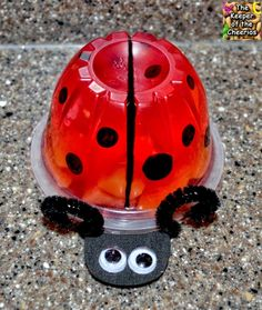 The Keeper of the Cheerios: Ladybug Jello Fruit Cup by lillian