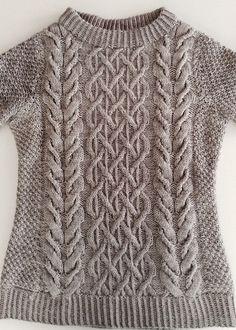 gossamer beatnik by MissMaria's - free pattern Cable Knitting Patterns, Knit Patterns, Free Knitting, Baby Knitting, Knitwear Fashion, Ladies Knitwear, Baby Boy Sweater, Knit Crochet, Crocheting