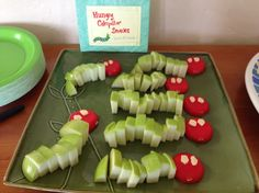 Hungry caterpillar apple and cheese snacks by Jewels at Home.
