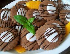 Kakaovo-citrónové chrumkavé keksíky (fotorecept) - recept | Varecha.sk Gingerbread Cookies, Desserts, Food, Lemon, Gingerbread Cupcakes, Tailgate Desserts, Deserts, Essen, Postres