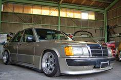 BENZTUNING: Mercedes-Benz W201 190E on Epsilon Wheels