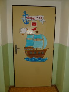 Dveře do námořnické 1.B School Classroom, Classroom Themes, Class Door, Birthday Charts, Pirate Crafts, Sabbats, Kid Beds, School Projects, Kids And Parenting