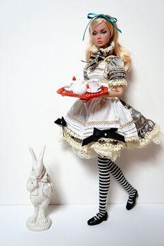 Alice in Wonderland - Poppy Parker Doll