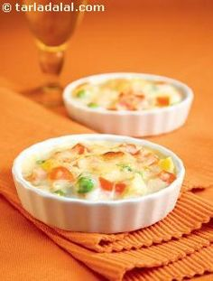 This is a baked dish made with vegetables which contains a wealth of nutrients. But the use of liberal amounts of butter and cheese counteracts the effect of these nutritious vegetables and loads it with unnecessary excess calories.