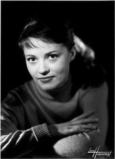 cinematocat:    Jeanne Moreau, 1953