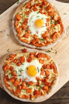 Sweet Potato Breakfast Pizzas- these look great!