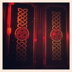 Celtic knotwork at the pub