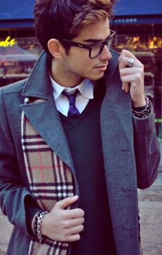 glasses and a vest and a tie, and a trench, AND a scarf. guy, you have entered into a realm of fly that other people only dream of.