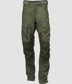 Norrona finnskogen hybrid pants for hunting. Silent pants made for forest hunting. Very comfortable pants. Good breathability pants for dry and warm days. Hunting Pants, Hunting Jackets, Climbing Pants, Hiking Jacket, Outdoor Pants, Model One, Leg Cuffs, Men Hiking