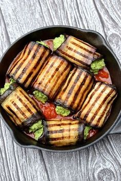 Vegan eggplant cannelloni - grilled eggplant w creamy spinach & basil filling & served with tomato sauce (paleo, vegan) Healthy Recipes, Vegetable Recipes, Low Carb Recipes, Whole Food Recipes, Vegetarian Recipes, Cooking Recipes, Free Recipes, Vegan Eggplant Recipes, Ovo Vegetarian
