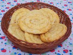 Biscoito Medalhão de Queijo - Na Biroskinha