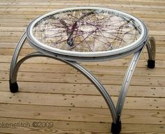 love this bike rim table!!!
