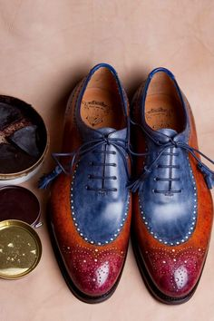Ivan Crivellaro: Eccentric Shoes I have a Blue suit that is waiting for these. Suit Shoes, Men S Shoes, Your Shoes, Dress Shoes, Brogues, Loafer Shoes, Fashion Shoes, Mens Fashion, Well Dressed Men